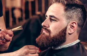 Refreshing trim of your Beard grow grip