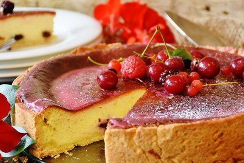 Cream Cake ………………………$12
